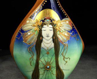 Spider Lady Vase, Model #574/43