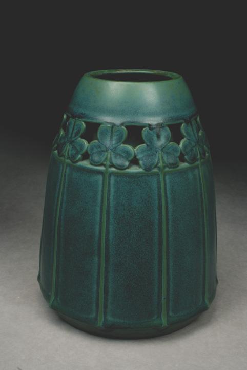 Matte Green Vase, Model #2019/2