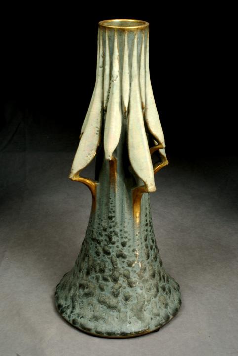 Cyclamen Buds Vase, Model #1116/1