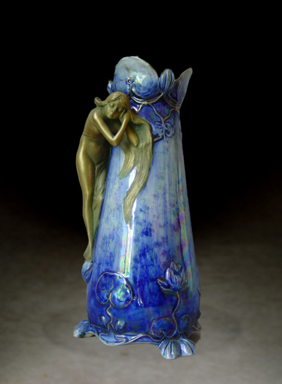 Vase with maiden brushing her hair, Model #4647/9