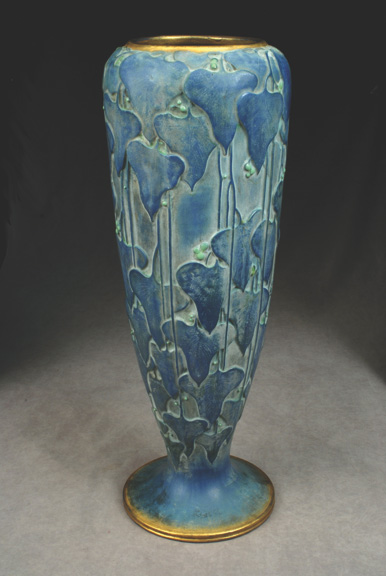 Dripping Leaves and Berry Vase, Model #1002/1